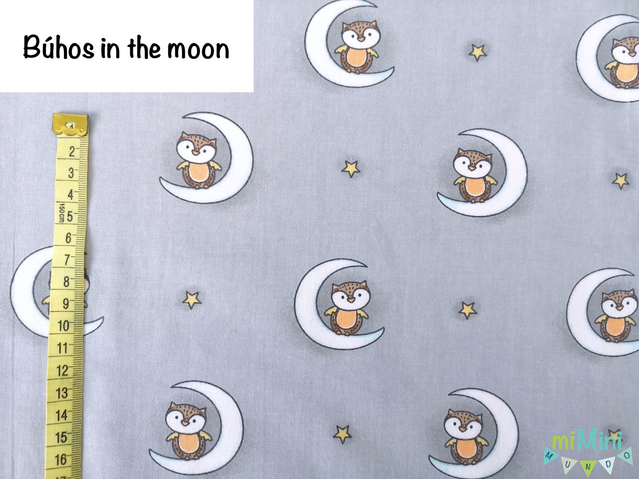 Búhos in the moon